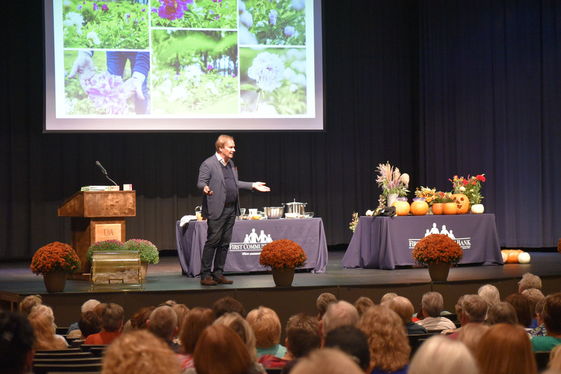 First Community Bank Hosts P. Allen Smith Event
