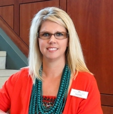 FIRST COMMUNITY BANK'S RACHAEL FISHER EARNS DIPLOMA