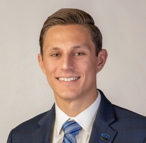 FIRST COMMUNITY BANK WELCOMES DILLON RICHARD